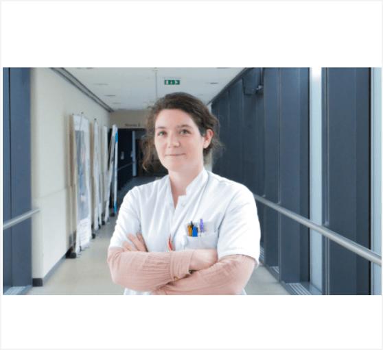 Mois de mai, mois de sensibilisation au cancer de la vessie : 4 questions à un expert, le Dr Vinceneux Armelle